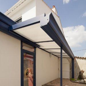 Auvent aluminium bleu Vendée