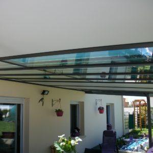 Auvent aluminium sur terrasse