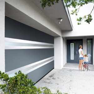 Porte de garage motorisée sectionnelle
