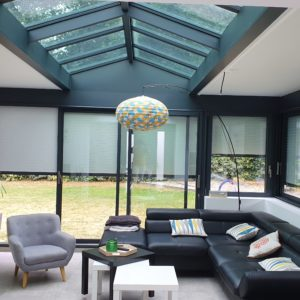 Construction extension maison avec toit plat